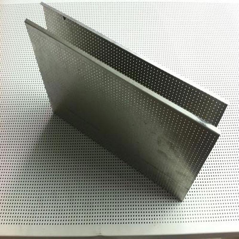 海南铝方通(冲孔)